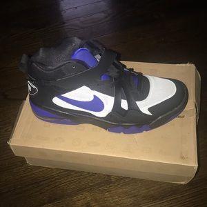 Men sneakers never worn